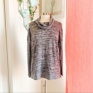 🌸🌵🌼Xersion | NWT Cowl Neck Athletic Top L